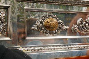 Andas Virgen de la Cabeza Escudo de Andújar