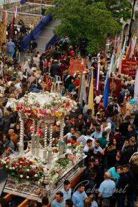 Andas Virgen de la Cabeza en procesión 2