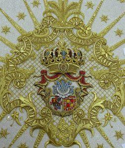 manto virgen de la cabeza con escudo cofradía Matriz
