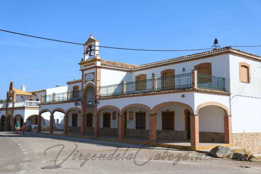 Cofradia Torredonjimeno casa en el santuario