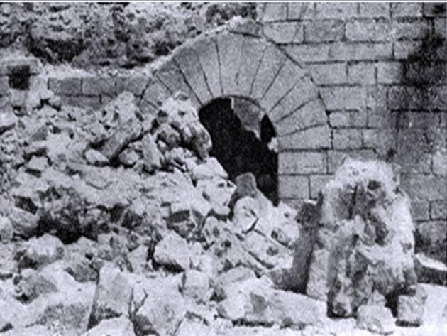 Santuario Virgen de la Cabeza derruido 5