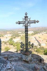 Virgen de la Cabeza Cruz de los caídos