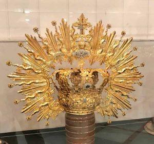 corona-virgen-de-la-cabeza-sevilla