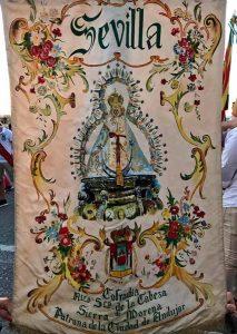 estandarte-pintado-Virgen-de-la-Cabeza-sevilla