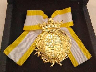 Medalla-ayuntamiento-de-el-Carpio-Virgen-de-la-Cabeza