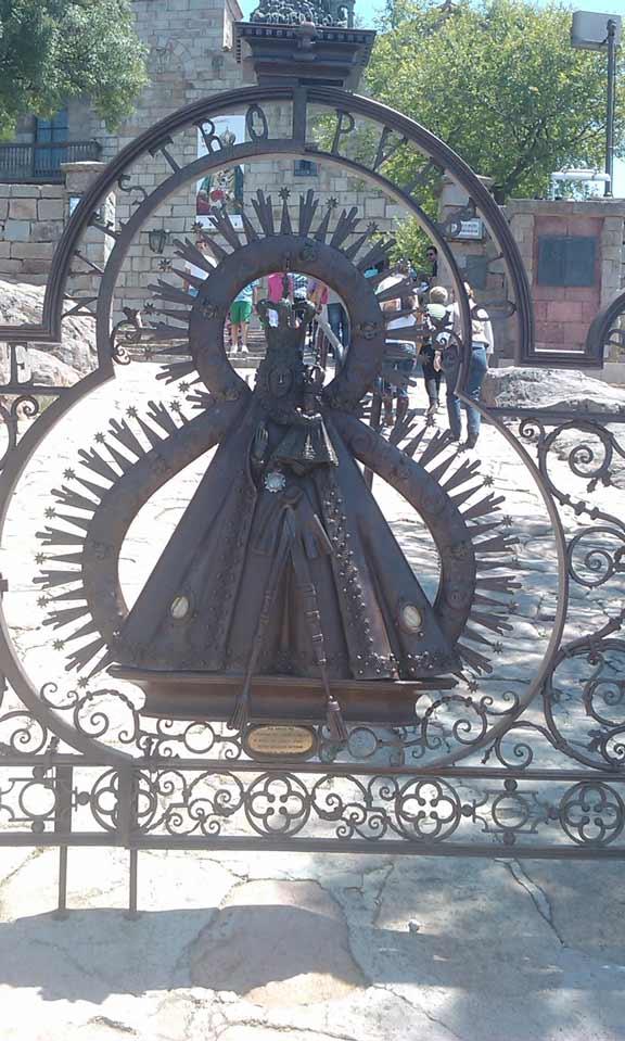 Verja-Santuario-Virgen-de-la-Cabeza-2