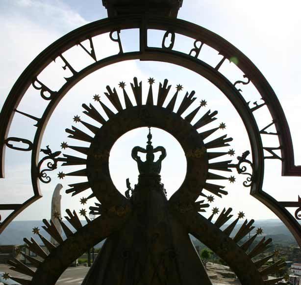 Verja-Santuario-Virgen-de-la-Cabeza-reverso