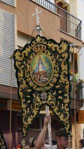 estandarte-La-Carolina-Virgen-de-la-Cabeza