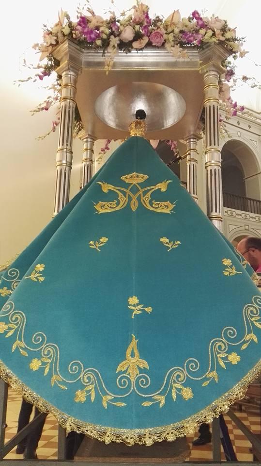 Manto Virgen de la Cabeza de Jaén estrenado en 2017