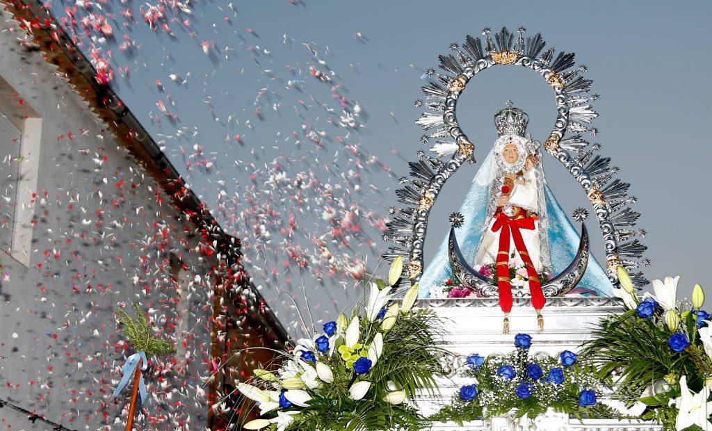 Virgen de la Cabeza Torreblascopedro en procesión