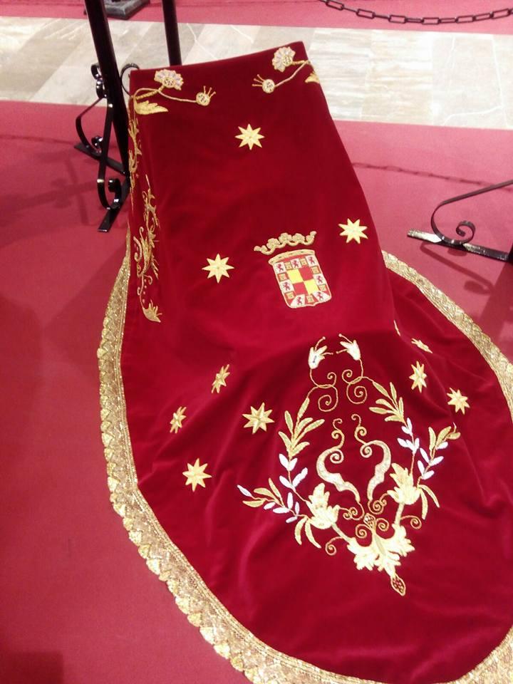Virgen de la Cabeza de Jaén manto