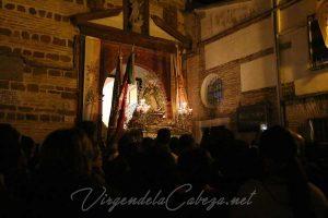 Virgen-de-la-Cabeza-coronacion-el-carpio-entrada-iglesia