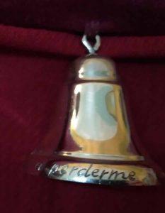 Guion-de-camino-Virgen-de-la-Cabeza-campana
