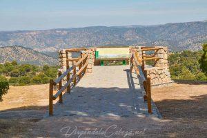 mirador-y-monumento-al-peregrino-6