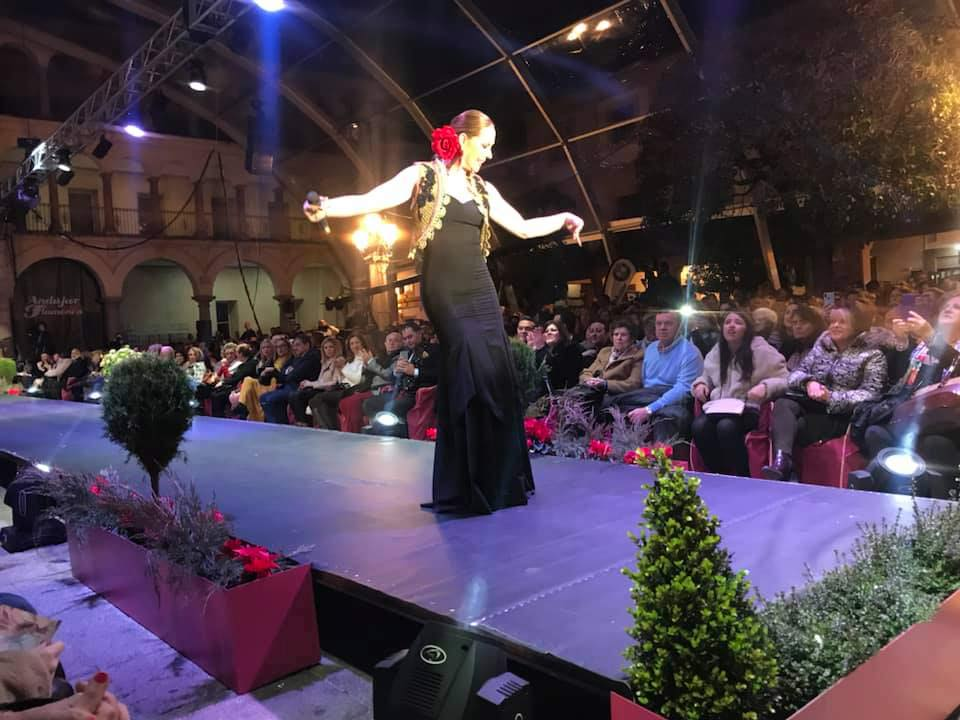 rosario-mohedano-cantando-andujar-flamenca-2