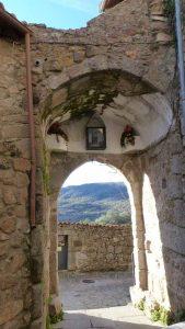 virgen-de-la-cabeza-en-miranda de Castañar, puerta oeste