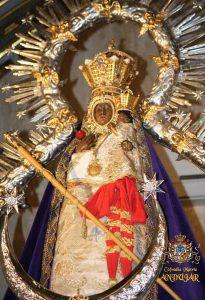 Virgen de la Cabeza con manto morado
