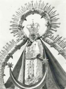 Virgen de la Cabeza blanco y negro