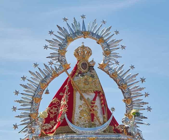 Virgen-de-la-Cabeza-en-peana