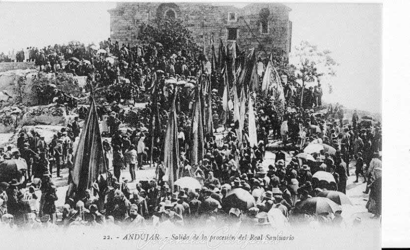 salida-procesion-romeria-antigua