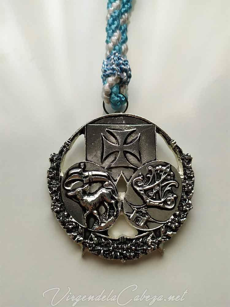medalla-cofradia-Virgen-Cabeza-romeria-Baeza