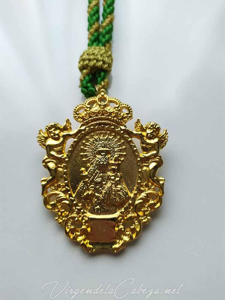 medalla-cofradia-Virgen-Cabeza-romeria-Campillo-de-arenas