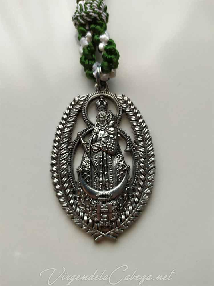 medalla-cofradia-Virgen-Cabeza-romeria-Manises
