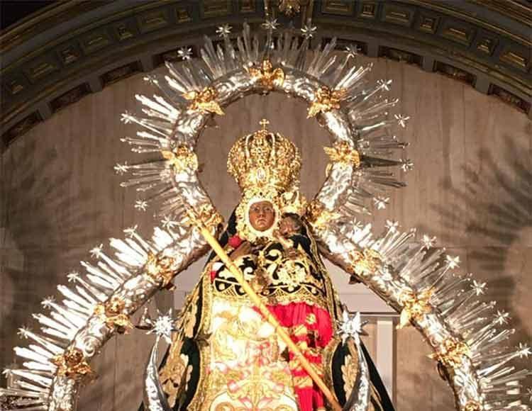 Manto-Virgen-Cabeza-andereros-3