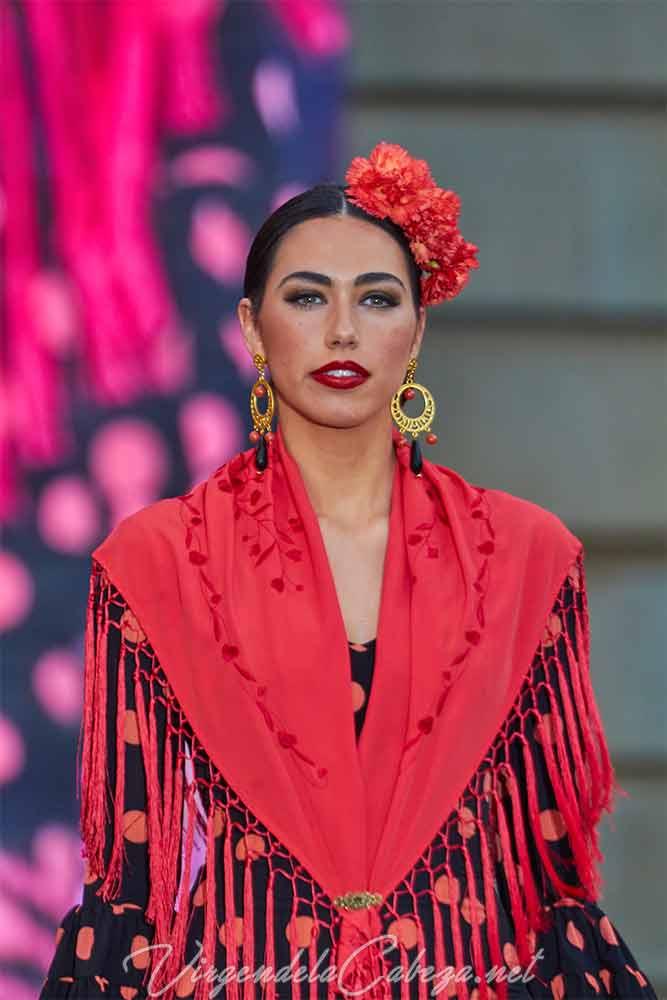 Traje flamenca diseñadora Micaela VillaTraje flamenca diseñadora Micaela VillaTraje flamenca diseñadora Micaela Villa
