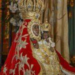 Manto rojo Virgen