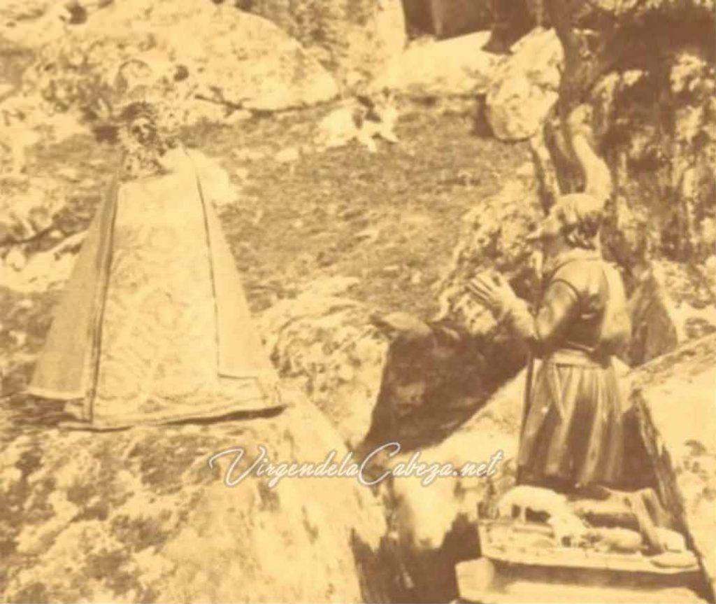 foto antigua Virgen de la Cabeza con pastor