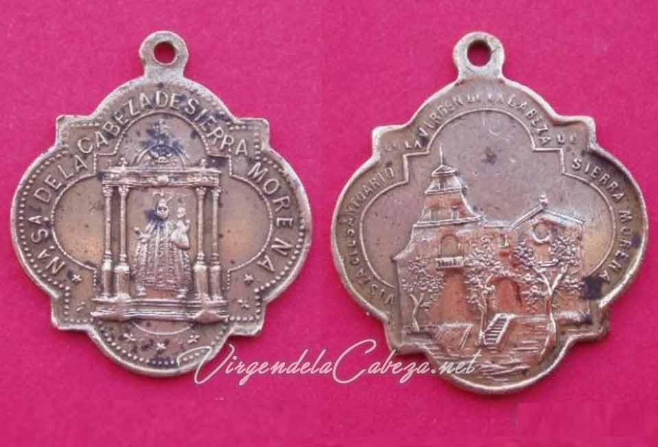 medalla antigua Virgen de la Cabeza en andas