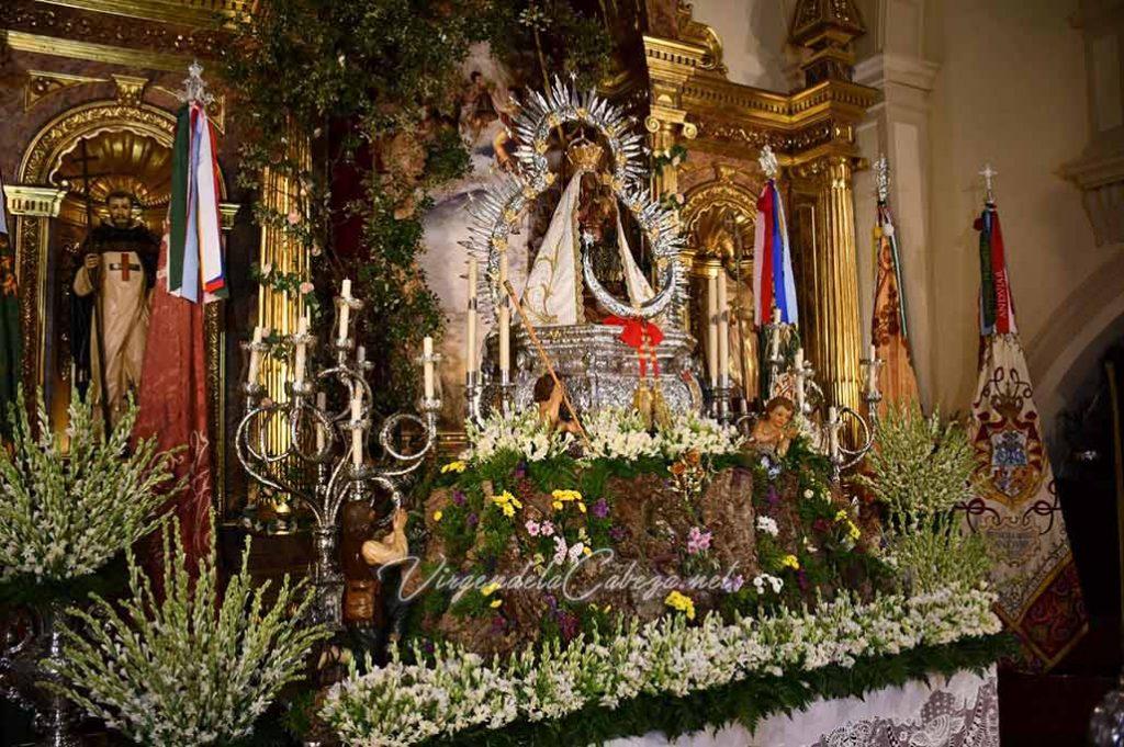 Virgen de la Cabeza sin vestir en altar